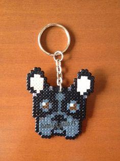 Bulldog francés (2 €) Perler Beads, Perler Bead Art, Hama Beads Patterns, Beading Patterns, Pixel Beads, Fusion Beads, Iron Beads, Cross Stitch Animals, Beaded Animals