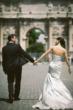 Gorgeous destination wedding in Rome, Italy | Julian Kanz Photography  http://www.anygivenparty.com/destination-wedding-rome-italy/
