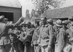 Prisonniers de guerre français en 1940.