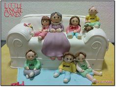 20 of the Best Sofa Cake Ideas You Will Ever See - Stylish Eve Cake Icing, Fondant Cakes, Eat Cake, Fancy Cakes, Cute Cakes, Mini Cakes, Beautiful Cakes, Amazing Cakes, Red Birthday Party