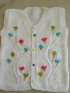 Made Of Plain Knit Easy, Floral Ornament Childrenclothingfashionable - Diy Crafts - maallure Baby Knitting Patterns, Knitting Stitches, Baby Pullover, Baby Cardigan, Baby Sweaters, Winter Sweaters, Crochet For Kids, Crochet Baby, Kids Vest