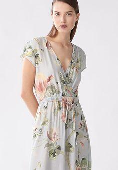 27437cd94d2f Magnolia nightdress von OYSHO Pyjamas