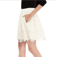 Banana Rep Heritage Collection lace skirt (ai) Banana Republic heritage collection cream lace skirt.  Size 6.  See pic 4 for description.  No trade. Banana Republic Skirts