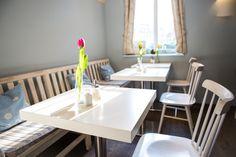 Cafe Himmelblau - Am Wiener Kutschkermarkt Aperol, Himmelblau, Vienna, Dining Table, Furniture, Home Decor, In Season Produce, Farmers Market, Decoration Home