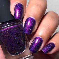 Nails gel, we adopt or not? - My Nails Shellac Nail Colors, Tie Dye Nails, Finger, Fall Manicure, Damaged Nails, Nails Short, Purple Nail Designs, Holographic Nail Polish, Dry Nails