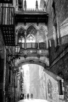 Carrer del Bisbe, Barcelona, Spain (Beauty World) Poster Architecture, Architecture Antique, Beautiful Architecture, Beautiful Buildings, Beautiful Places, Barcelona Architecture, Landscape Architecture, Gothic Architecture Drawing, Landscape Photography