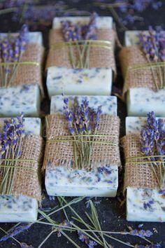 Lavender Honey, Lavender Soap, Honey Lemon, Lavender Garden, Lavender Ideas, Lavender Crafts, Lavender Bouquet, Lavender Buds, Lavender Fields