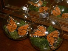 SAMPLE SALE - Butterfly Orbs - Perfect for your Manzanita Tree centerpieces - Set of 4. $16.99, via Etsy.