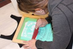 DIY Screen Printing :: Using your Silhouette — Middle River Studio Silhouette Cameo Shirt, Silhouette Cameo Tutorials, Silhouette Machine, Silhouette Projects, Tinted Mason Jars, Middle River, Screen Printing Press, Textiles, Painted Clothes