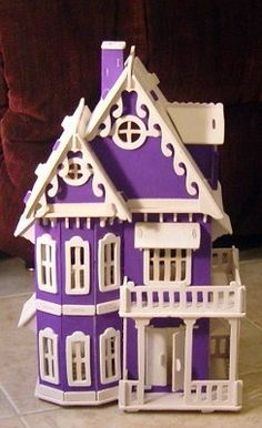 purple doll house...had to pin it :)