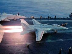 but to be launched from an aircraft carrier in a fighter jet! Military Jets, Military Aircraft, Fighter Aircraft, Fighter Jets, Tomcat F14, Me262, Photo Avion, Jet Plane, Aircraft Carrier