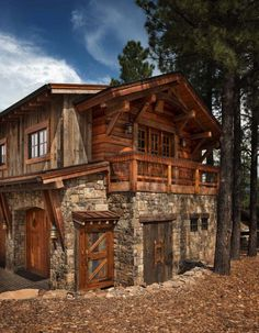 Mountain contemporary home surrounded by a Ponderosa pine forest