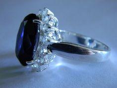 'Princesa Diana' El anillo de compromiso