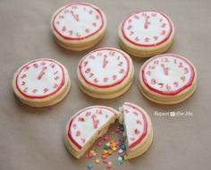 New Year's Eve cookies - hollow middle for sprinkles.