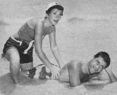 Jerry and Patti Lewis on vacation in Hawaii, Old Movie Stars, Classic Movie Stars, Classic Movies, Jerry Lewis, Comic Art Fans, Las Vegas, Funny Guys, Hilarious, Dean Martin