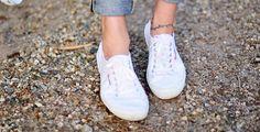 """fashion Yaz Mevsiminin Klasiklerinden """"Beyaz Ayakkabılar""""  #ayakkabı #celine #chanel #converse #haute couture #keds #kenzo #new balance #nike #Phoebe Phlio #sneaker #superga #vans"""