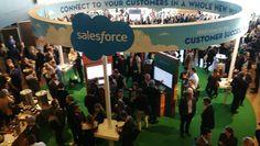 Stor publik på Salesforce konferens i Stockholm - Ett av huvudföredragen avslöjade hur man säljer Volvo i framtiden. Även i årvar detotroligt ös och god stämningpå Salesforce Trailhead Live Stockholm. I inledningen på konferensenfick besökarna till och med höra en svensk rockstjärna sjunga en hitlåt som är populär just nu från scenenpå Water - IT-Kanalen - http://it-kanalen.se/stor-publik-pa-salesforce-konferens-i-stockholm/ - #Featured, #HappyOrN