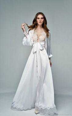 """Wedding Boudoir Dress    Свадебное будуарное платье """"Белый жемчуг"""" - из шелка армани и шантильи в интернет магазине на Ярмарке Мастеров"""
