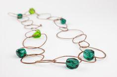 Satelliti necklace in green