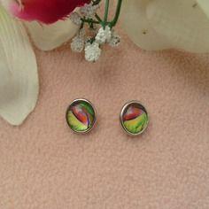 Mini bouton a pression rond 1.2 cm motif plume rouge /jaune et vert