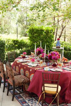 Tablescape♥ Old-World elements