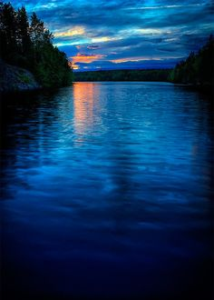 Superb Nature - silvaris: Summer night by Stefan Johansson What A Wonderful World, Beautiful World, Beautiful Places, Beautiful Scenery, Stefan Johansson, Beautiful Sunrise, Summer Nights, Amazing Nature, Amazing Sunsets