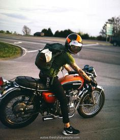 Cafe Racer Style Fashion Ideas For You Cafe Racer Honda, Cafe Racer Bikes, Cafe Racer Build, Cafe Racer Motorcycle, Cb400 Cafe Racer, Cafe Racer Style, Cafe Style, Blitz Motorcycles, Harley Davidson