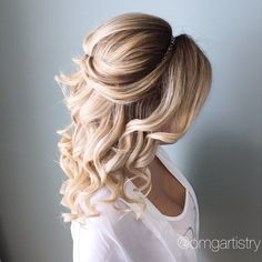 "Half up, half down hair goddess! Curled with a 1"" #CHICurlingIron via omgartistry"