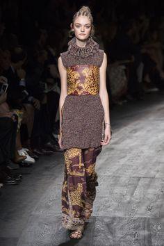 — forlikeminded: Valentino - Paris Fashion Week...