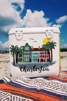 love this pic of this cooler on the beach!