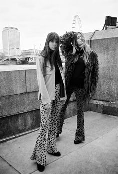 'SUPRISE ' We are selling our last 9 pair of Leopard Flare Pants ✨ NOW ONLINE : loversanddriftersclub.com. Beautiful sisters @joannahalpin & @sarahhalpin @whatshesaidblog for @theloversanddriftersclub @roosvanrij styling @nicolinehuizenga #loversanddriftersclub