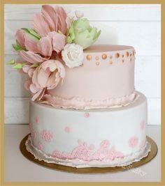 Cake for a woman - Cake by cakebysaska