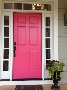 My new pink door. Happy !