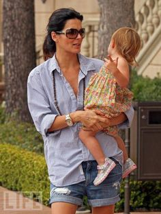 Angie Harmon with their daughter Emery