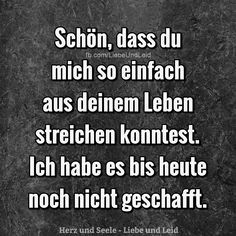 Schön, dass du mich so einfach… – You are in the right place about Geschenkidee chef Here we offer you the most beautiful pictures about the Geschenkidee you are looking for. When you examine the Schön, dass du mich so einfach… – part of the … Poetry Quotes, Words Quotes, Sayings, True Love Quotes, True Quotes, Beau Message, True Words, Relationship Quotes, Quotations