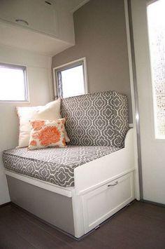 Inspiring 40+ Best DIY Remodeled Campers On a Budget Ideas https://decoredo.com/5540-40-best-diy-remodeled-campers-on-a-budget-ideas/