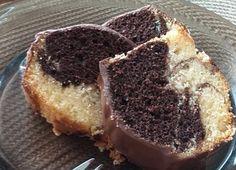 Tento koláčik má u nás doma veľký úspech, pretože je jednoduchý na prípravu a veľmi, veľmi chutný!Môžete ho piecť ako klasickú piškótu na plechu, alebo v bábovkovej forme, ako výbornú bábovku. Nakoniec môžete napríklad preliať … Cheesecake, Muffin, Breakfast, Desserts, Food, Morning Coffee, Tailgate Desserts, Deserts, Cheesecakes
