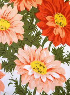 GERBERAS // Vintage Tablecloth // 1960s Floral Fabric