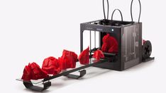 Build plate stack feeds 3D printer for continuous printing possibilities