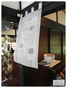 두번째 개인전 이야기. <일본 교토부 미야마초 미야마 가야부키 미술관 2012년 7월 18일~ 9월 2일> ... Entrance Design, Textiles, Korean Traditional, Private Room, Textile Art, Cotton Linen, Window Treatments, Fabric Art, Art Deco