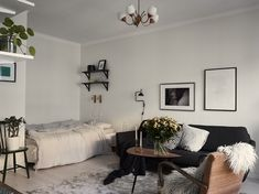 A small, yet truly inspiring studio apartment