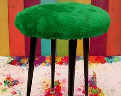 Vintage green atomic fluffy stool 1970s retro vintage decor kitsch funky faux fur 4 leg