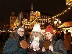 The Christkindlesmarkt in Nuremberg is one of Germany's oldest and most famous Christmas markets. Holiday Market, Christmas Markets, Europe Holidays, European Vacation, Mulled Wine, Wine Recipes, Marketing, American