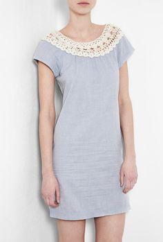 No pattern but a nice idea. Crochet Top Cotton Dress by A. Crochet Yoke, Crochet Fabric, Crochet Collar, Crochet Blouse, Crochet Trim, Diy Crochet, Diy Couture, Crochet Woman, Diy Clothing