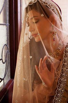 Inspiración para #novias #exóticas. Una #boda de moda con ♥♥ The Wedding Fashion Night ♥♥ ♥ Visita www.wfnclub.com ♥