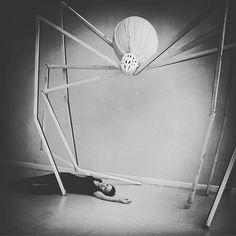 What a way to go! #artclass #rachelkiernan #eveestuary #creepycrawly #giantspider #recycleart #recycle #halloweendecorations #halloween #spider #arachnophobia #sculpture #art #largescaleart #louisebourgeois #maman