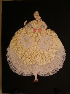 Paper doll picture from the 1920s