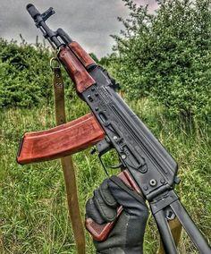 by: ・・・ Kalash is life Airsoft Guns, Weapons Guns, Guns And Ammo, Ak 47, Armas Wallpaper, Kalashnikov Rifle, Lever Action Rifles, Battle Rifle, Custom Guns