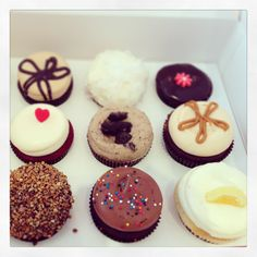 These assorted cupcakes look amazing! Look at the fluffy frosting!