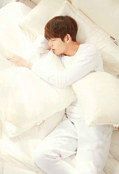 Kim Woo Bin for Mercury Textile Kim Wo Bin, Kdrama, Won Bin, Shin Min Ah, Uncontrollably Fond, Hot Korean Guys, Asian Guys, Kim Hyun, Hyung Sik
